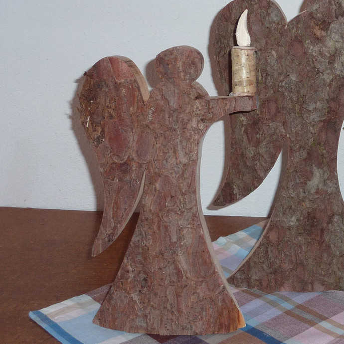 engel mit kerze aus rindenholz klein preis 950 eur